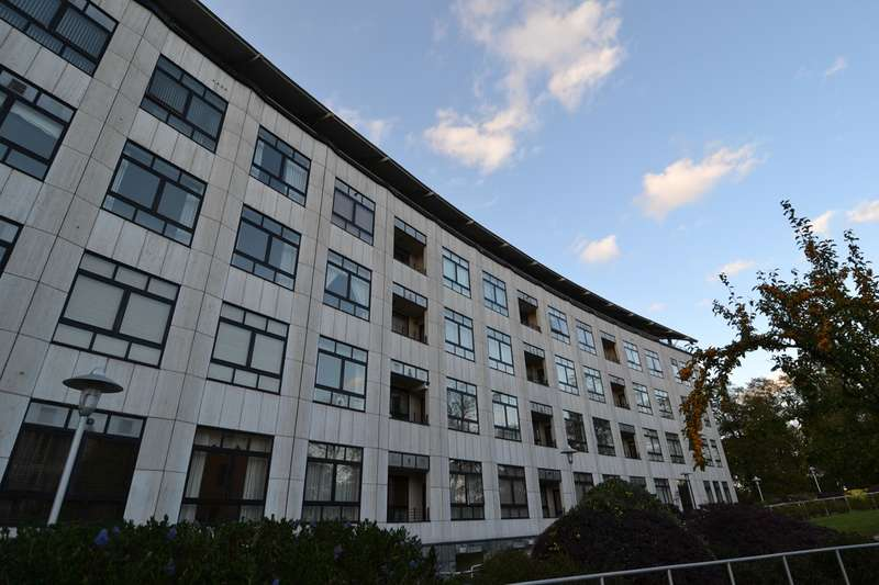 3 Bedrooms Penthouse Flat for rent in Yew Tree Road, Moseley, Birmingham, B13