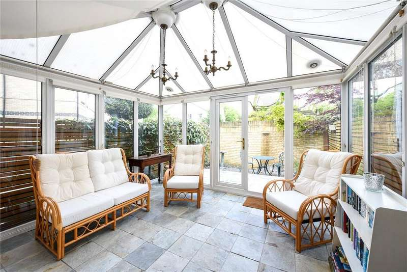 5 Bedrooms Town House for sale in Cookham Crescent, London, SE16