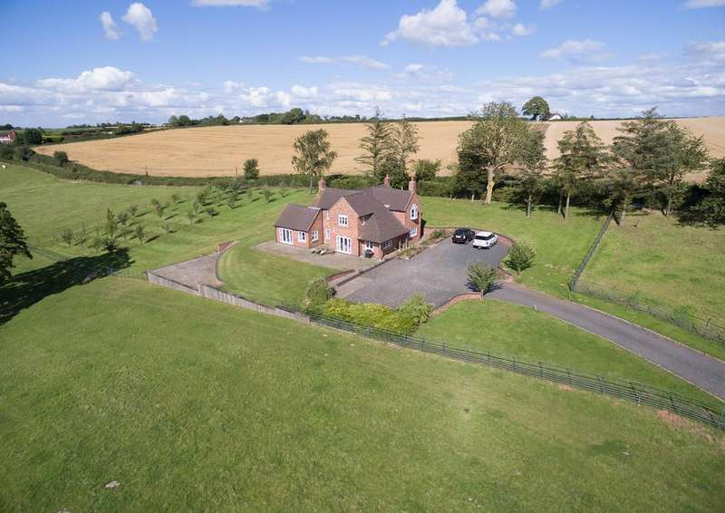 3 Bedrooms Equestrian Facility Character Property for sale in Hanley Broadheath, Tenbury Wells, Worcestershire, WR15 8QN