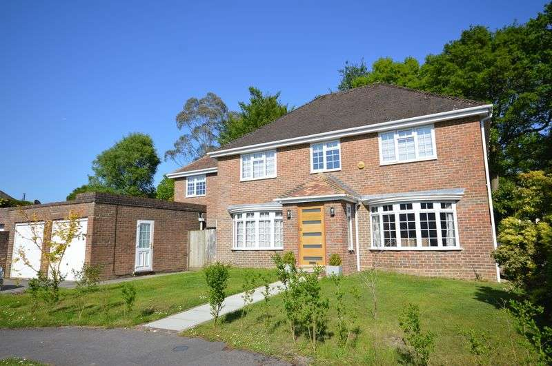 5 Bedrooms Property for sale in Tudor Close Grayshott, Hindhead