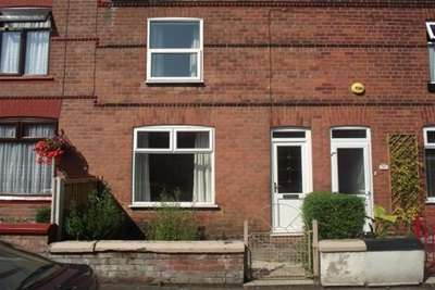 2 Bedrooms House for rent in Ellison Street, Stockton Heath, WA4