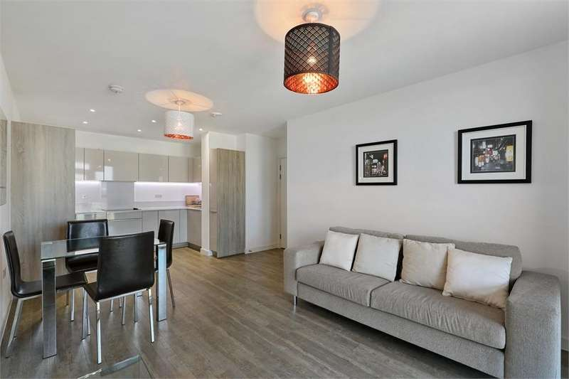 2 Bedrooms Flat for sale in Garda House, 5 Cable Walk, LONDON