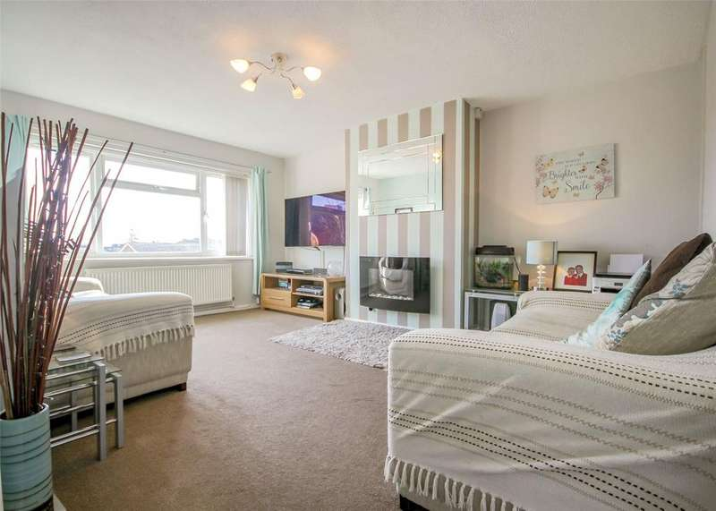 2 Bedrooms Apartment Flat for sale in Rose Hill, Binfield, Berkshire, RG42