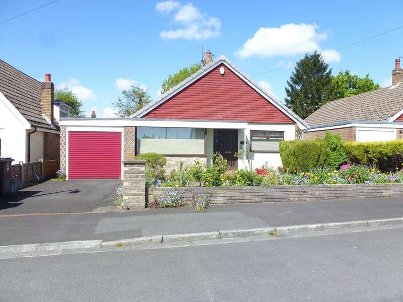 3 Bedrooms Detached Bungalow for sale in HIGHFIELD AVENUE, FARINGTON PR25