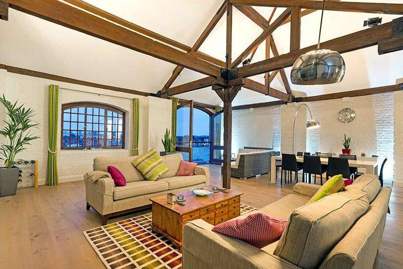2 Bedrooms Flat for sale in New Crane Wharf, New Crane Place, Wapping, London, E1W