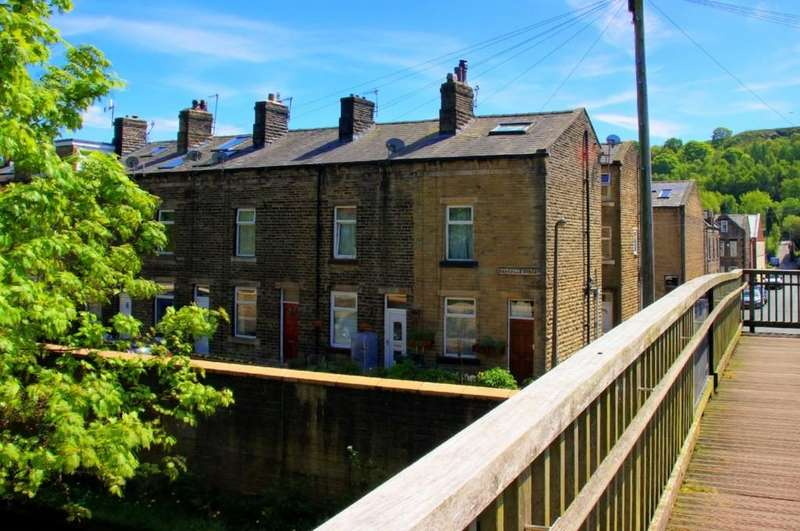 2 Bedrooms Terraced House for sale in Sackville Street, Todmorden