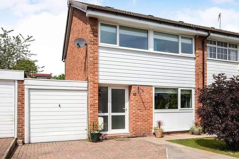 3 Bedrooms Semi Detached House for sale in Sevenoaks Close, Macclesfield, SK10