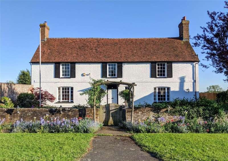 8 Bedrooms Detached House for sale in Boreham Hill, Boreham Street