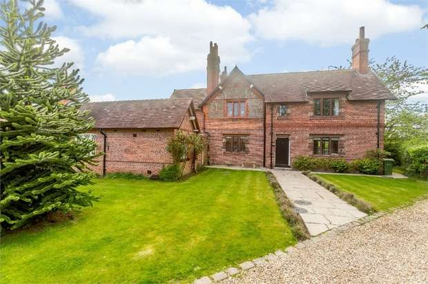 5 Bedrooms Detached House for sale in Wrexham Road, Pulford, Chester, Cheshire