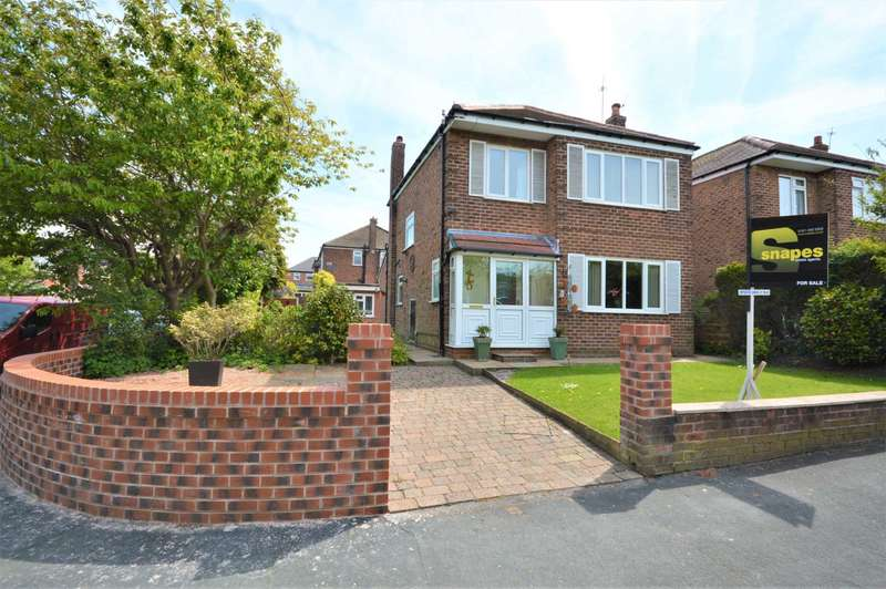 3 Bedrooms Detached House for sale in Eyam Road, Hazel Grove