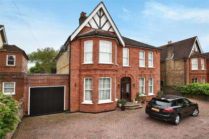 5 Bedrooms House for sale in Rodway Road, Bromley