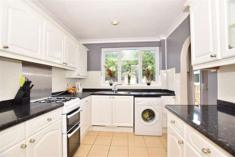 2 Bedrooms Terraced House for sale in Beaconsfield Road, , Maidstone, Kent