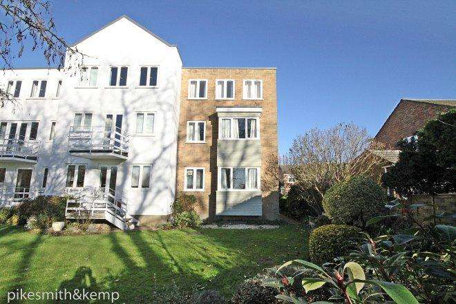 3 Bedrooms Town House for sale in Braybank, BRAY VILLAGE, SL6