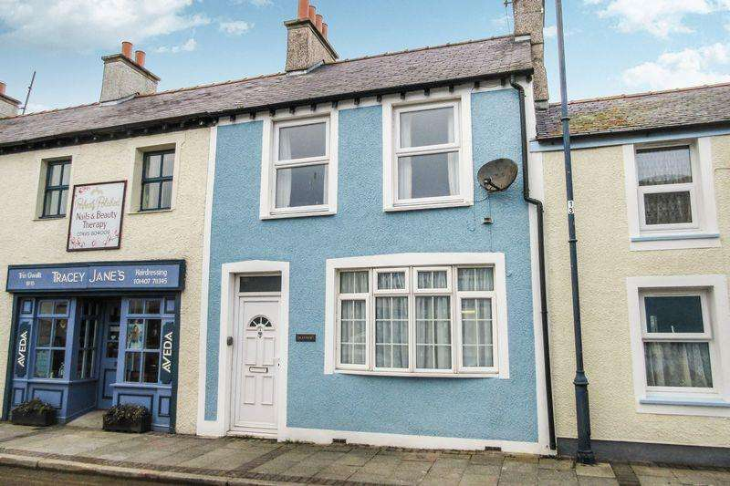 3 Bedrooms Terraced House for sale in 13 High Street, Cemaes Bay