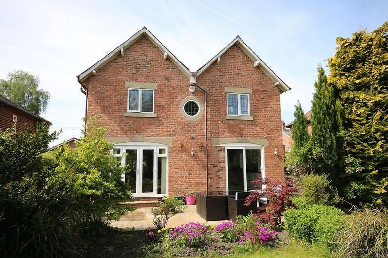 3 Bedrooms Detached House for sale in Cumber Lane, Wilmslow