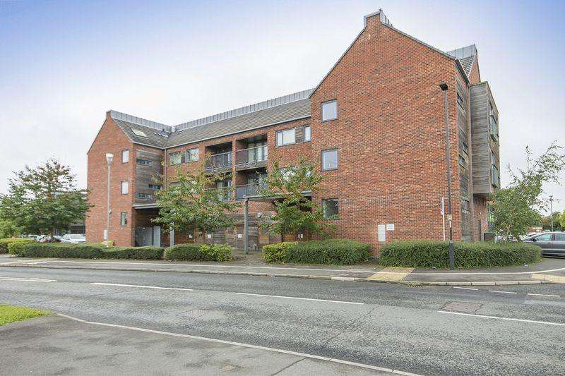 2 Bedrooms Apartment Flat for rent in ROWALLAN WAY, CHELLASTON, DERBY