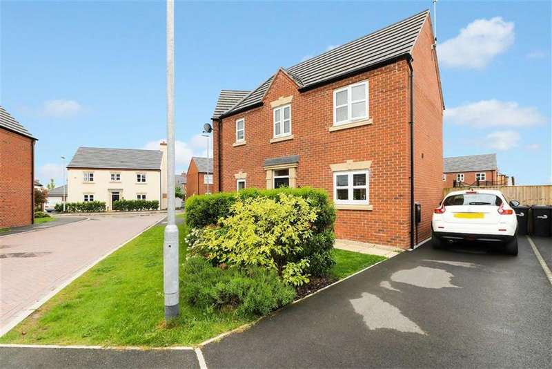 3 Bedrooms Semi Detached House for sale in Bradfield Close, Middlewich