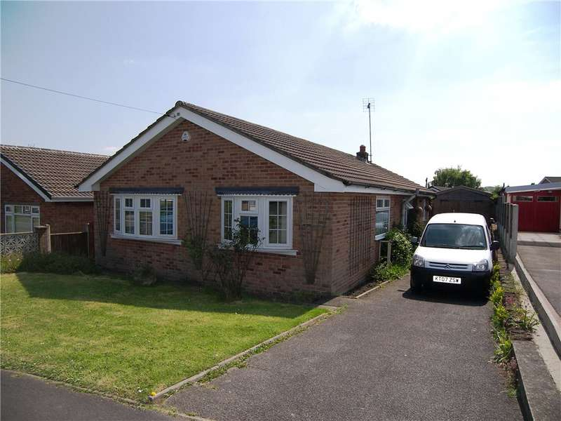3 Bedrooms Detached Bungalow for sale in Dovedale Crescent, Belper, Derbyshire, DE56