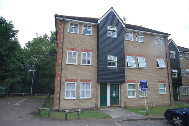 2 Bedrooms Flat for rent in Ben Culey Drive, Thetford