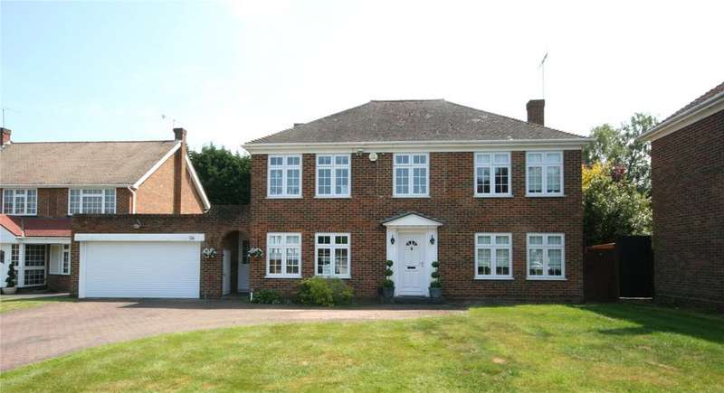 4 Bedrooms Detached House for sale in The Fairway, Burnham