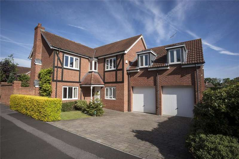 5 Bedrooms Detached House for sale in Glaisdale Court, Darlington, County Durham, DL3