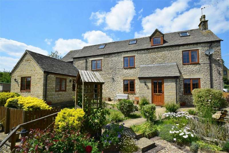 5 Bedrooms Detached House for sale in The Street, Horsley, Stroud