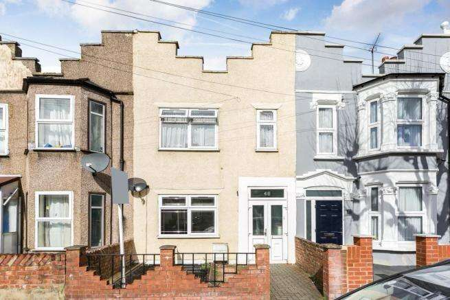 3 Bedrooms Terraced House for sale in Rutland Road, Forest Gate, E7