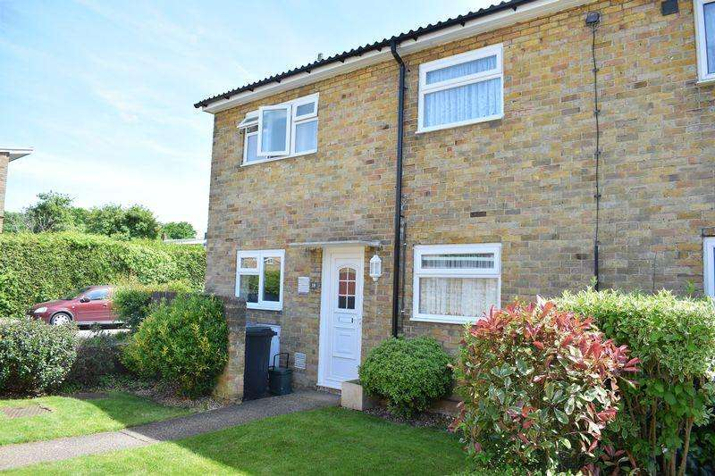 2 Bedrooms Terraced House for sale in Ladyshot, Harlow