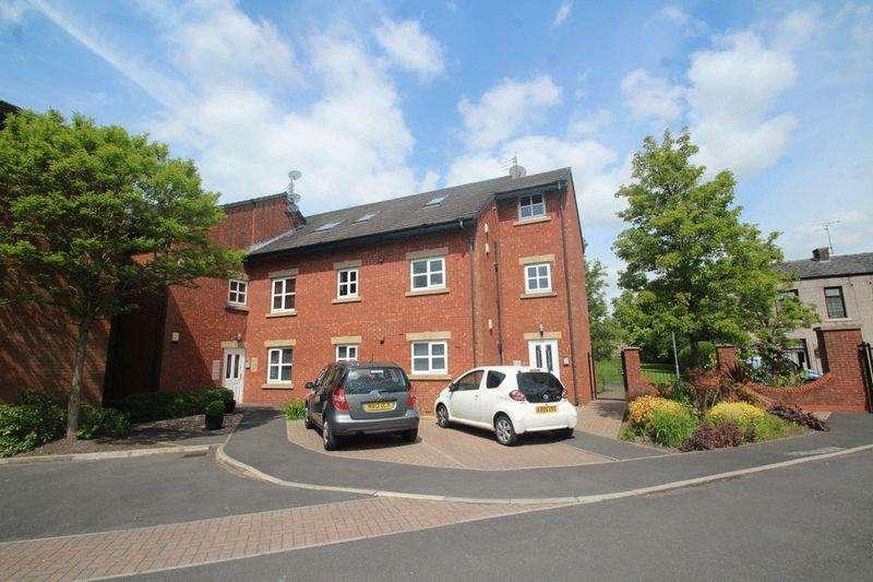 1 Bedroom Apartment Flat for sale in Burns Court, Hollin Lane, Bamford OL11 5AR