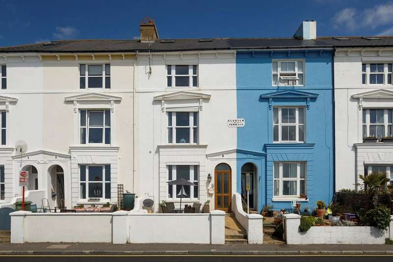 5 Bedrooms Town House for sale in The Esplanade, Sandgate, Folkestone, CT20