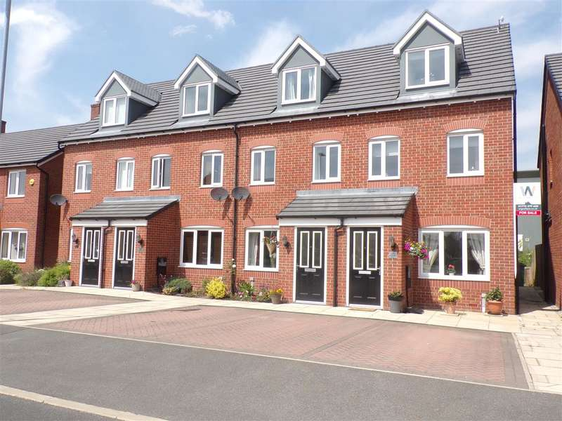 3 Bedrooms Town House for sale in Bamburgh Drive, Buckshaw Village