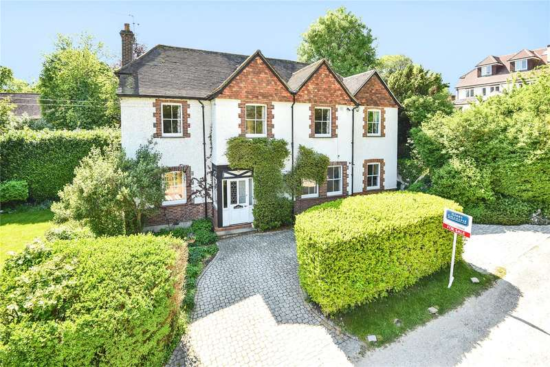 5 Bedrooms Detached House for sale in Cleland Road, Chalfont St. Peter, Gerrards Cross, Buckinghamshire, SL9