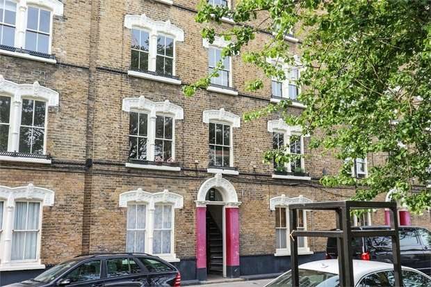 2 Bedrooms Flat for sale in Amelia Street, London