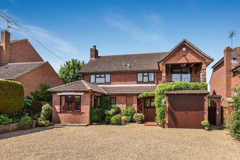 4 Bedrooms Detached House for sale in Bartons Lane, Old Basing, Basingstoke, RG24