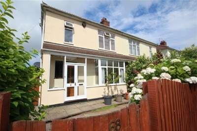 3 Bedrooms House for rent in Stoke Lane, Westbury-on-Trym