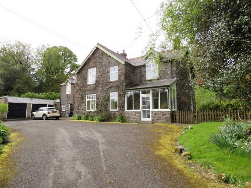 5 Bedrooms Country House Character Property for sale in Oswestry, SY10