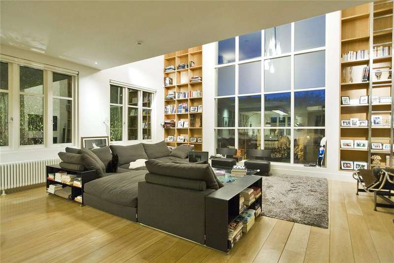 3 Bedrooms Penthouse Flat for sale in Gaskin Street, London, N1