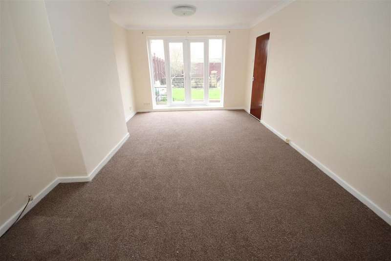 2 Bedrooms Semi Detached Bungalow for sale in Elizabeth Way, Seaton Carew, Hartlepool