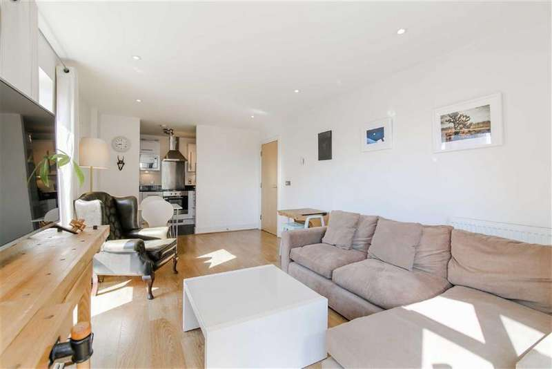 2 Bedrooms Apartment Flat for sale in Mercury House, Canning Town, London