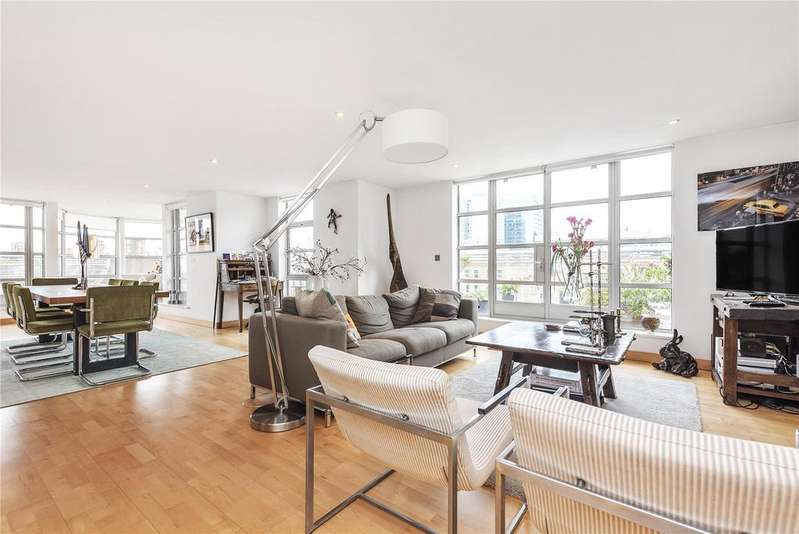 2 Bedrooms Flat for rent in St. Clements House, 12 Leyden Street, Spitalfields, E1