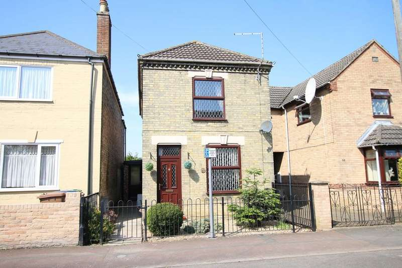 3 Bedrooms Detached House for sale in New Park, March