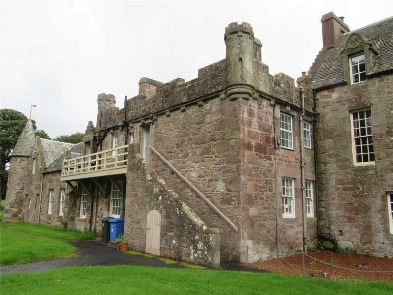 2 Bedrooms Flat for rent in Upper Cottage, Hunterston Estate, West Kilbride, Ayrshire, KA23