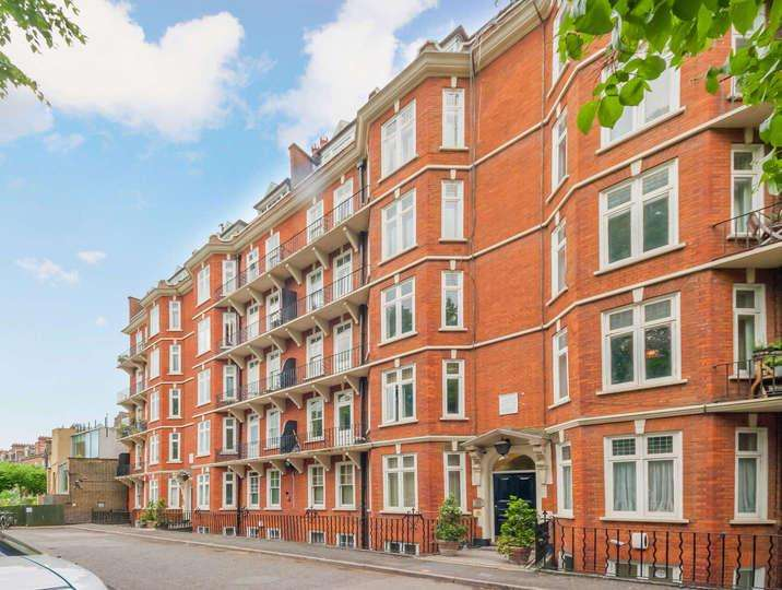 2 Bedrooms Flat for sale in Addison Bridge Place, London. W14