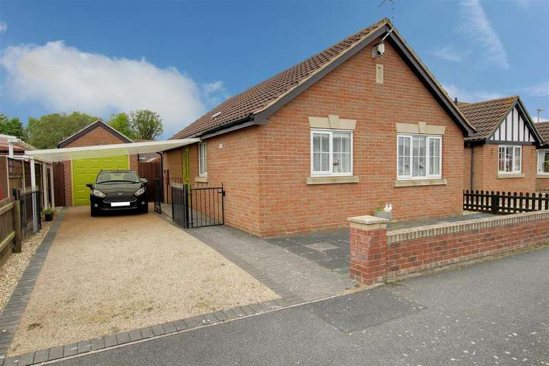 2 Bedrooms Detached Bungalow for sale in Mayflower Way, Mablethorpe