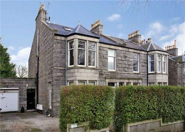 4 Bedrooms Flat for sale in Forest Road, Aberdeen