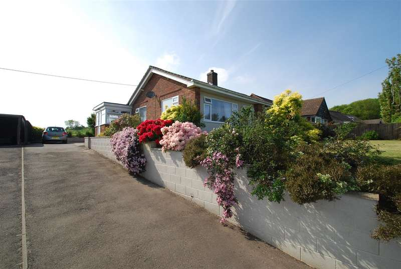 3 Bedrooms Bungalow for sale in Main Road, East Keal