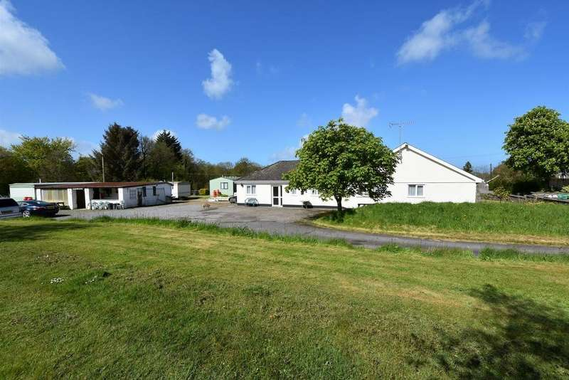 6 Bedrooms Detached Bungalow for sale in Oakford, Llanarth SA47