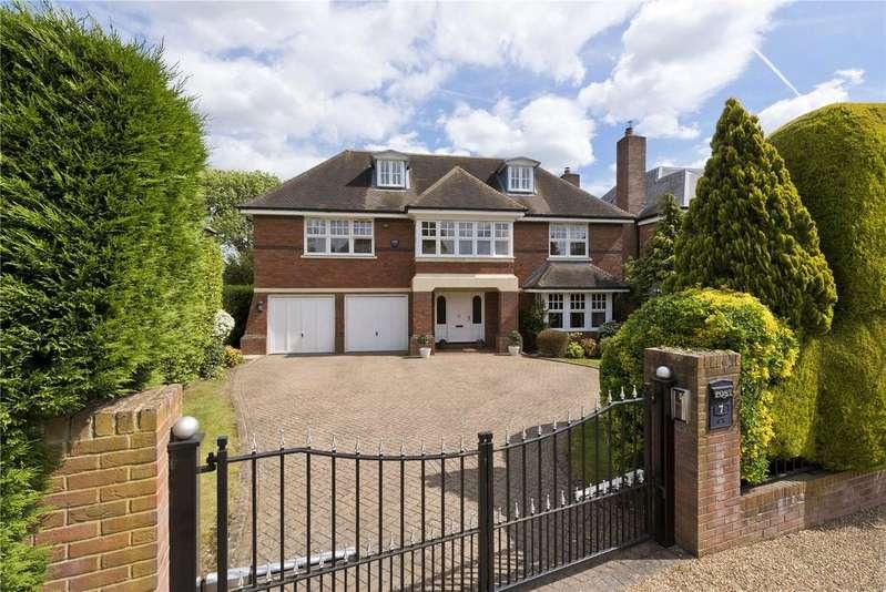 5 Bedrooms Detached House for sale in Sandown Road, Esher, Surrey, KT10