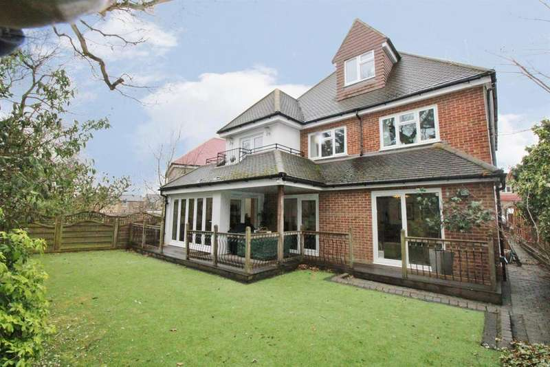 6 Bedrooms Detached House for sale in Royal Oak Road, South Bexleyheath