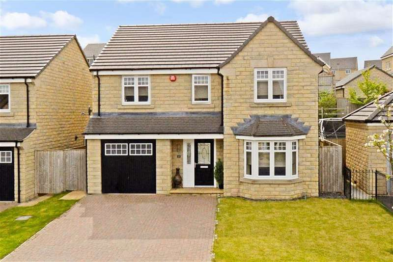 4 Bedrooms Detached House for sale in Wadsworth Fold, Lindley, Huddersfield, HD3